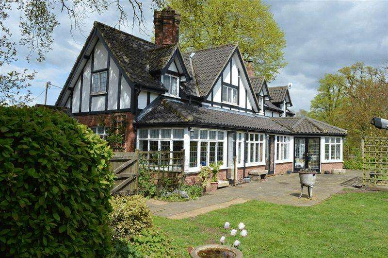 5 Bedrooms Detached House for sale in Hallfield Road Thompson