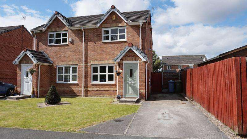 2 Bedrooms Semi Detached House for sale in Harrier Road, Warrington