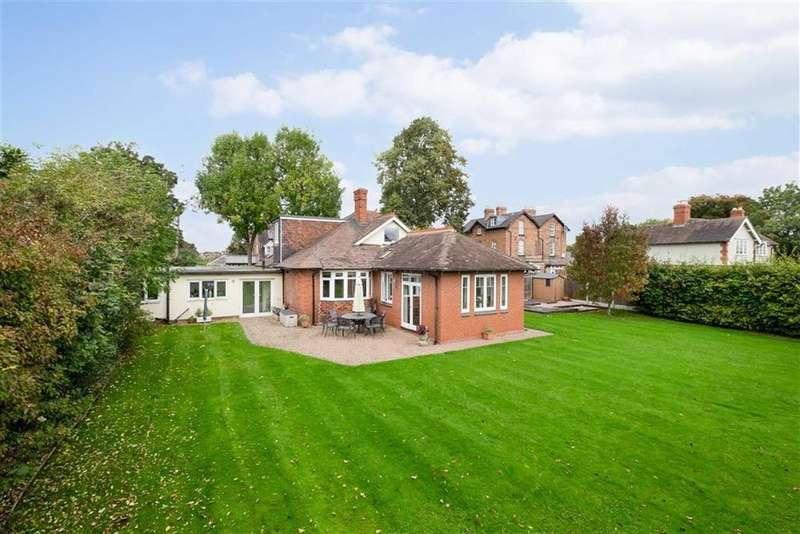 5 Bedrooms Detached House for sale in Linden Gardens, Shrewsbury