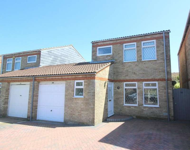 3 Bedrooms Link Detached House for sale in Wade Close, Langney Point, Eastbourne BN23
