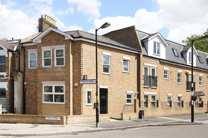 House for sale in Athenlay Road, Nunhead, SE15