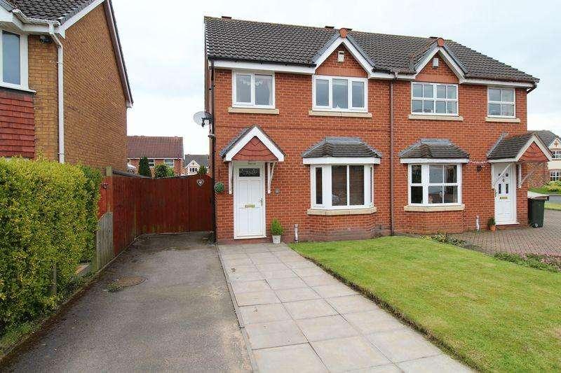 3 Bedrooms Semi Detached House for sale in Allerdale Road, Clayhanger