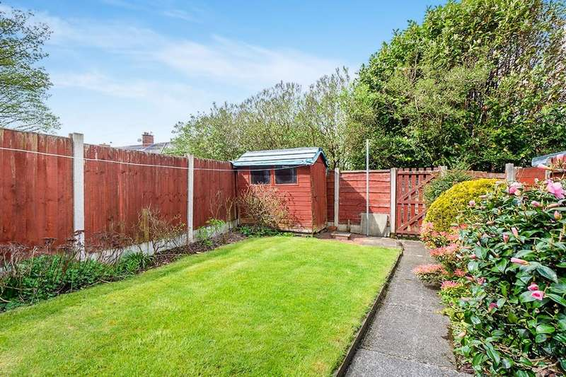 3 Bedrooms Semi Detached House for sale in Victoria Avenue, Whitefield, Manchester, M45