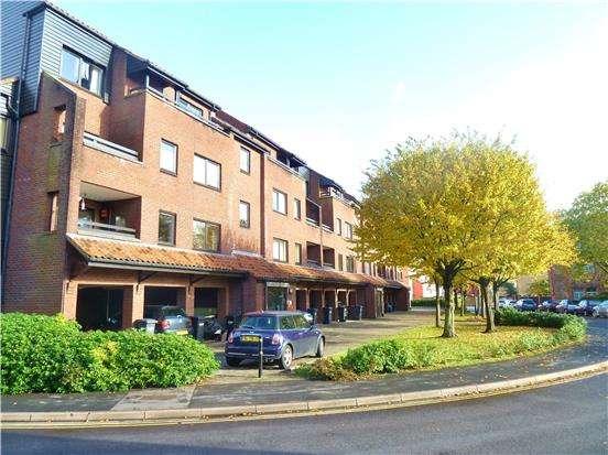 2 Bedrooms Flat for sale in Rownham Court, Rownham Mead, BRISTOL, BS8 4YE