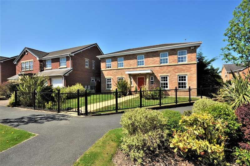 4 Bedrooms Detached House for sale in Victory Boulevard, Lytham, Lytham St Annes, Lancashire, FY8 5TG