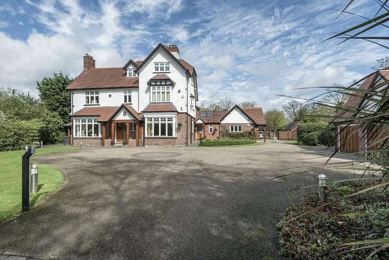 4 Bedrooms Detached House for sale in Rising Lane, Lapworth