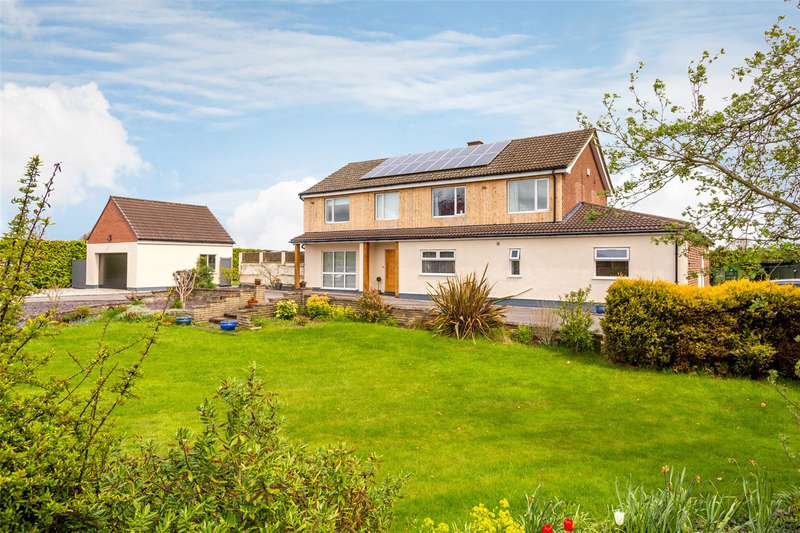 5 Bedrooms Detached House for sale in York Road, Riccall, York, YO19