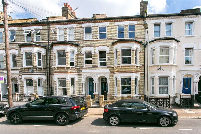 6 Bedrooms House for sale in Sangora Road, London, SW11
