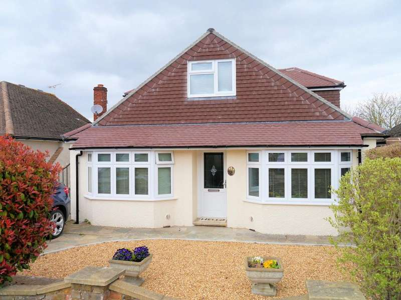 4 Bedrooms Chalet House for sale in St Andrews Crescent, Windsor SL4