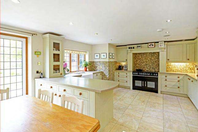 5 Bedrooms Country House Character Property for sale in Yew Tree Lane, Rotherfield TN6