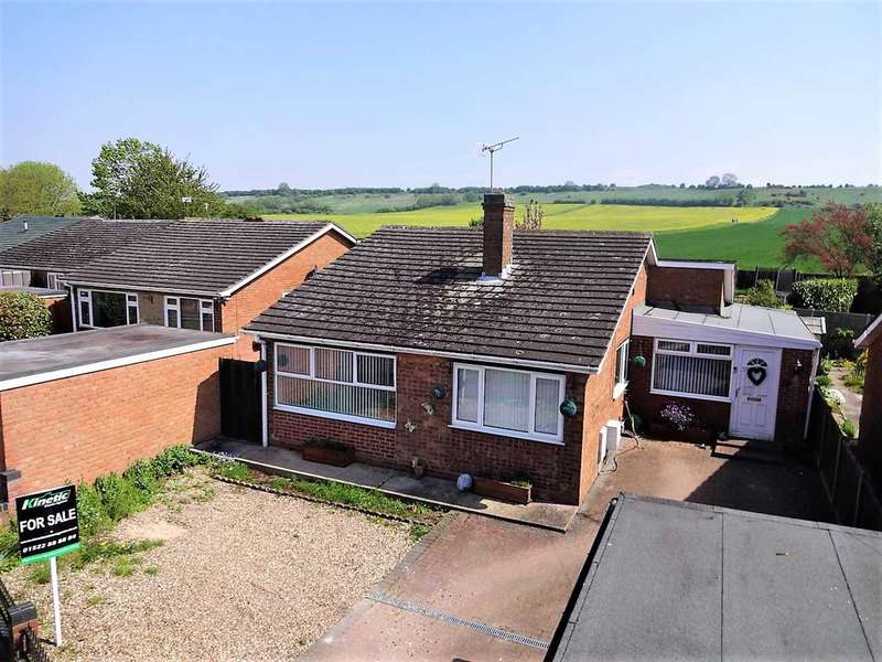 4 Bedrooms Detached House for sale in Sherwood Drive, Waddington, Lincoln