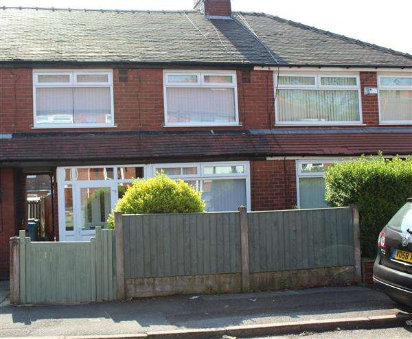 3 Bedrooms Semi Detached House for sale in Whitegate Avenue, Oldham