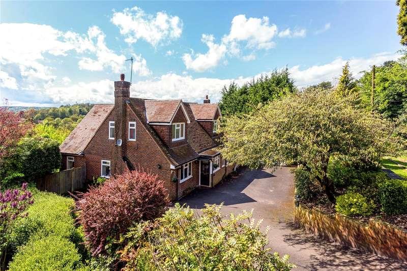 4 Bedrooms Detached House for sale in Beech Road, Merstham, Surrey, RH1