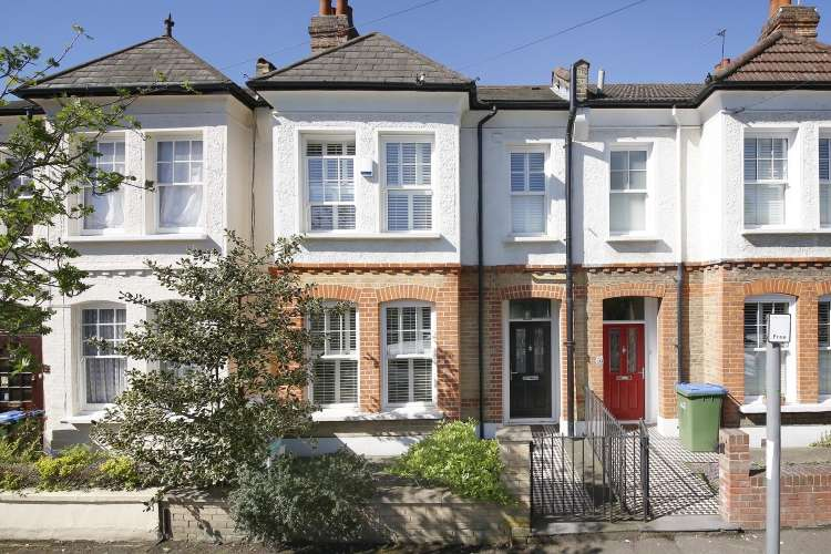 4 Bedrooms House for sale in Wyndcliff Road London SE7