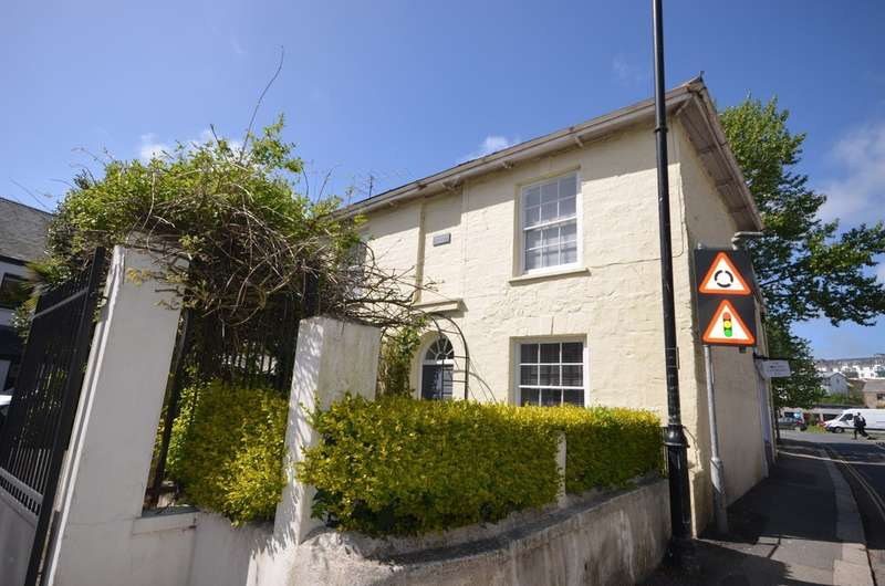 4 Bedrooms Terraced House for sale in Malpas Road, Truro