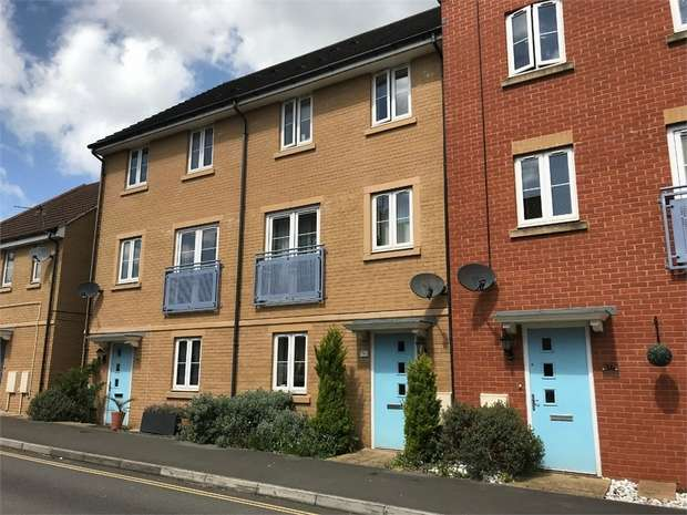 4 Bedrooms Town House for sale in Junction Way, Mangotsfield, Bristol, Gloucestershire