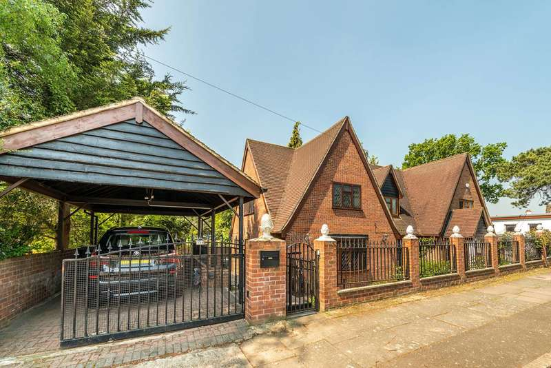 4 Bedrooms House for sale in Ridgeway Road North, Osterley, TW7