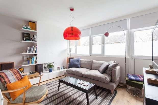 2 Bedrooms Maisonette Flat for sale in Glengall Road, Peckham, SE15