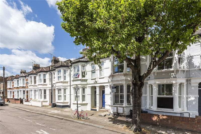 1 Bedroom Flat for sale in Eversleigh Road, London, SW11