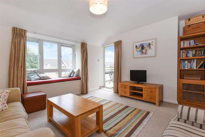 3 Bedrooms Flat for sale in Station Road, Barnes