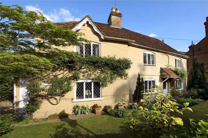 3 Bedrooms Detached House for sale in Blacknest Gate Road, Ascot, Berkshire