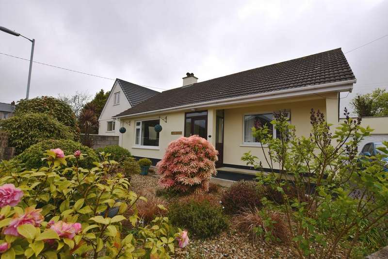 3 Bedrooms Detached Bungalow for sale in Wheal Trefusis, South Downs, Redruth TR15