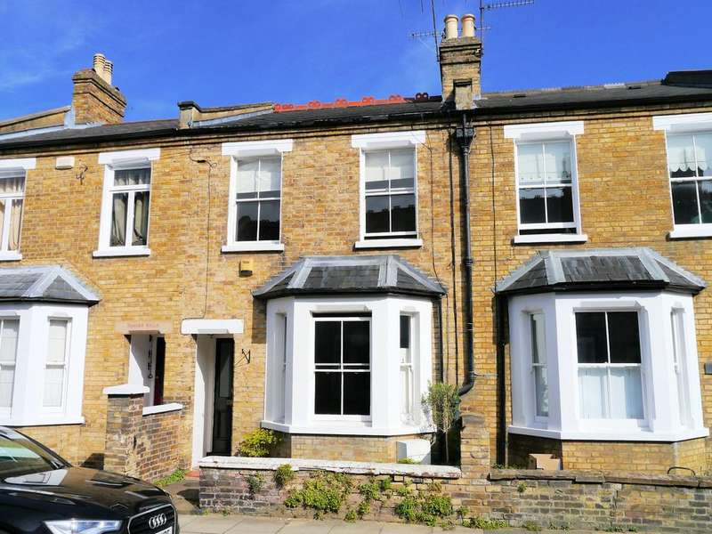 3 Bedrooms Terraced House for sale in Albany Road, Windsor SL4