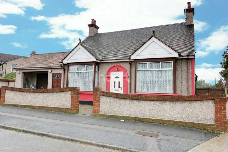 3 Bedrooms Bungalow for sale in Medina Road, Little Thurrock