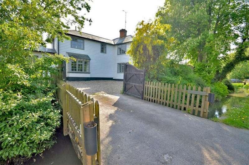 4 Bedrooms Detached House for sale in Brook Cottage, Middle Street, Clavering, Nr Saffron Walden