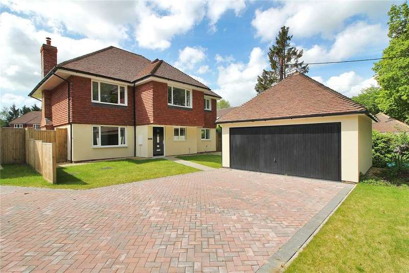 5 Bedrooms Detached House for sale in Oak Grange, Folders Lane, Burgess Hill, West Sussex, RH15