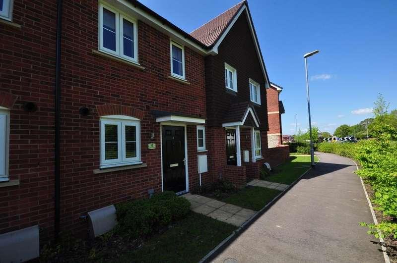 2 Bedrooms Terraced House for rent in Batten Walk Maidstone ME17