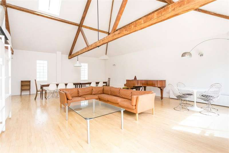 2 Bedrooms Flat for rent in Heneage Street, London, E1