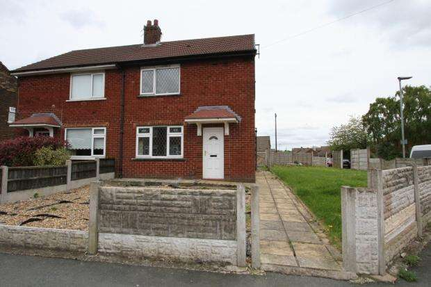 2 Bedrooms Semi Detached House for sale in Wentworth Road Ashton In Makerfield Wigan