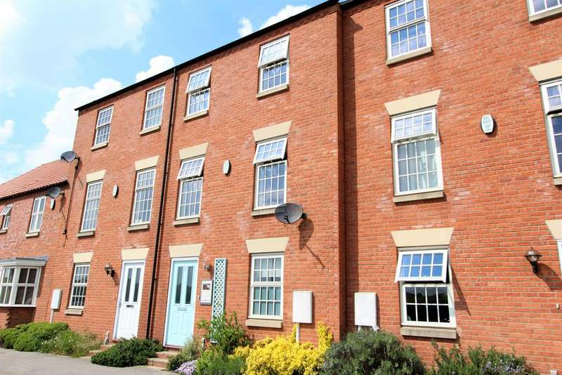 3 Bedrooms Terraced House for sale in Charles Street, Louth