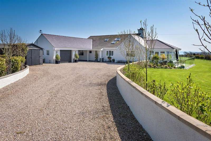 4 Bedrooms Detached House for sale in Abersoch