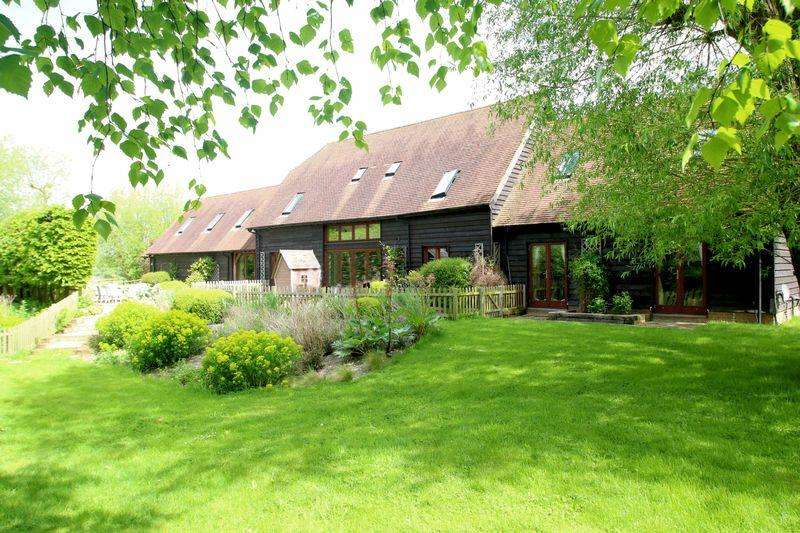 5 Bedrooms Detached House for sale in Crowell, Oxfordshire