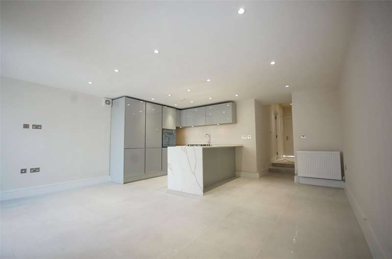 3 Bedrooms Property for sale in Station Road Finchley London