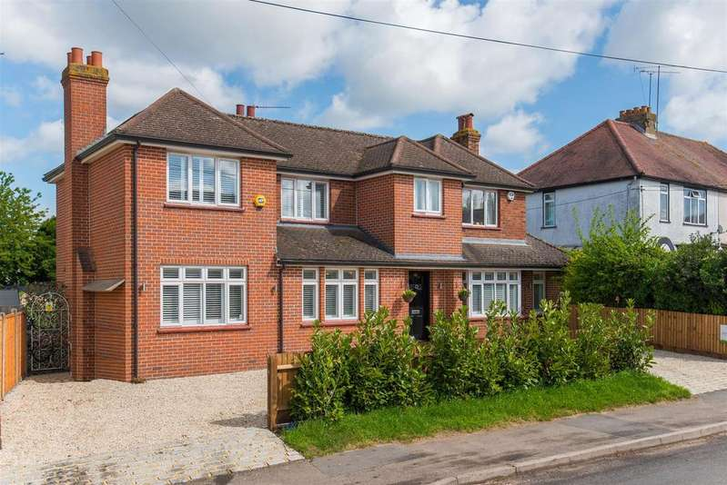 4 Bedrooms Detached House for sale in Northern Woods, Flackwell Heath