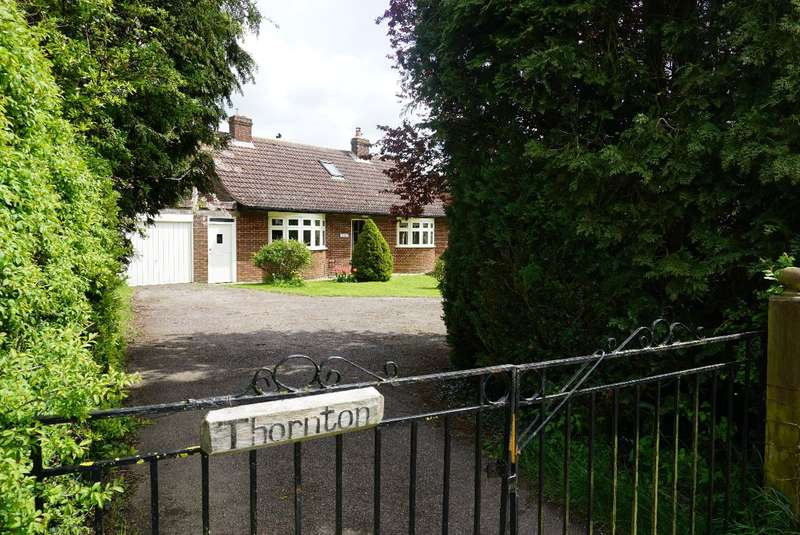 4 Bedrooms Detached Bungalow for sale in TURVEY ROAD, ASTWOOD