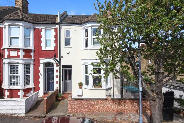 4 Bedrooms End Of Terrace House for sale in Hopedale Road London SE7
