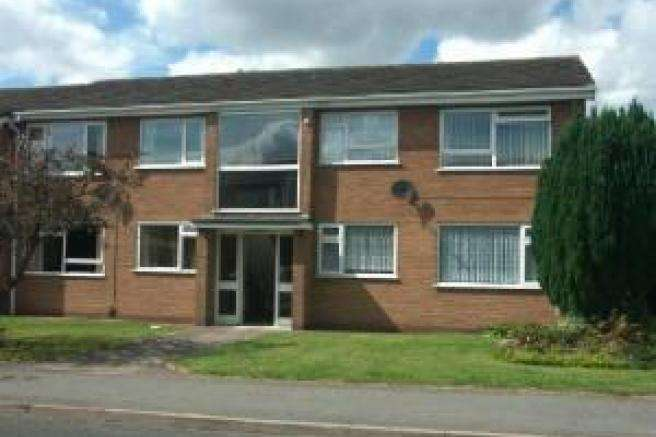 2 Bedrooms Flat for rent in 15 Moorfield Court, Newport, Shropshire, TF10 7QT