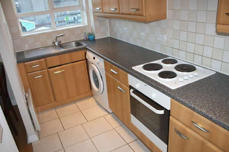 2 Bedrooms Flat for sale in Geneva Court, 2 Rookery Way, Colindale