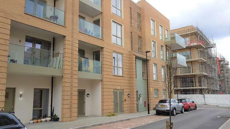2 Bedrooms Apartment Flat for sale in Coxwell Boulevard, Colindale