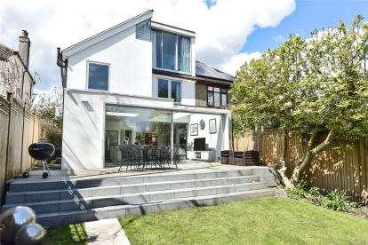 4 Bedrooms Semi Detached House for sale in Hilda Vale Road, Locksbottom, Orpington