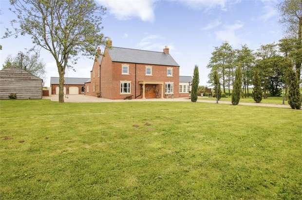 6 Bedrooms Detached House for sale in North Lane, Marshchapel, Grimsby, Lincolnshire