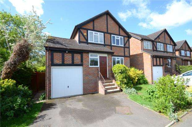 4 Bedrooms Detached House for sale in Green Lane, Maidenhead, Berkshire