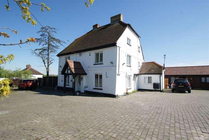House for sale in Lower Dunton Road, Bulphan, Upminster
