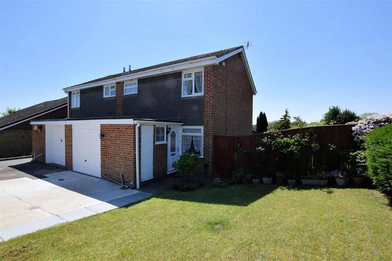 3 Bedrooms Semi Detached House for sale in Sharnwood Drive, Calcot, Reading