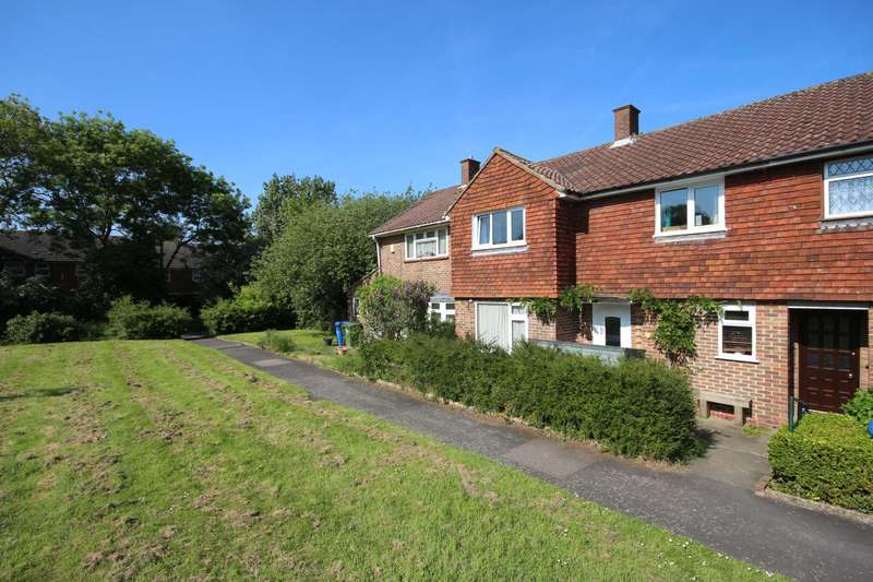3 Bedrooms Terraced House for sale in Wilwood Road, Bracknell