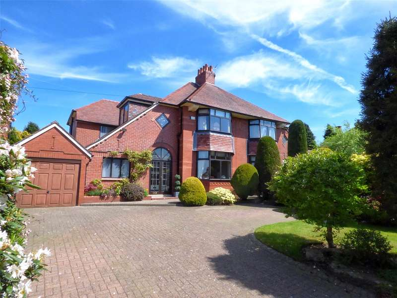 4 Bedrooms Semi Detached House for sale in Oldham Road, Thornham, Rochdale, OL16